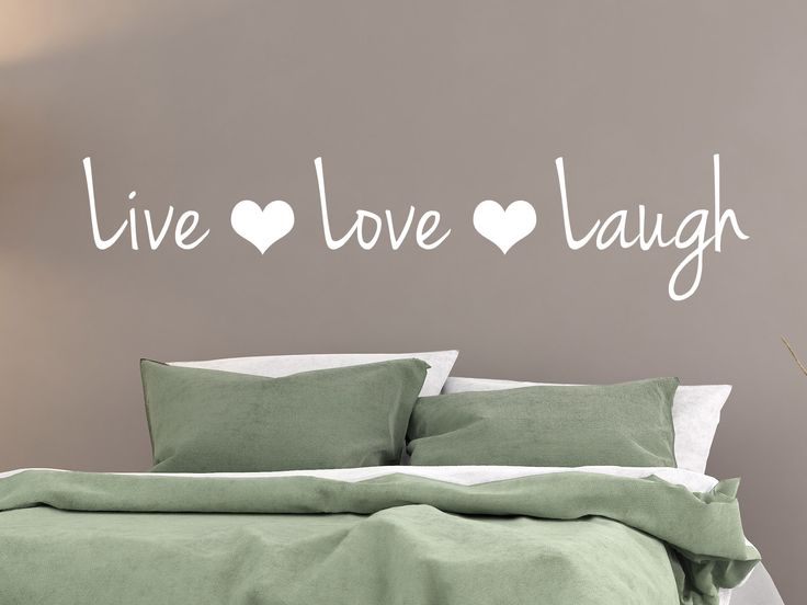 Live Love Laugh muursticker https://www.meermetstickers.nl/muurstickers/engelse-teksten.html