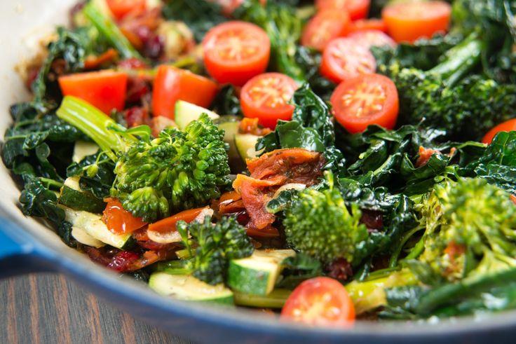 Recipe: Broccoli, Zucchini, Tomato & Spinach Salad - Lenards
