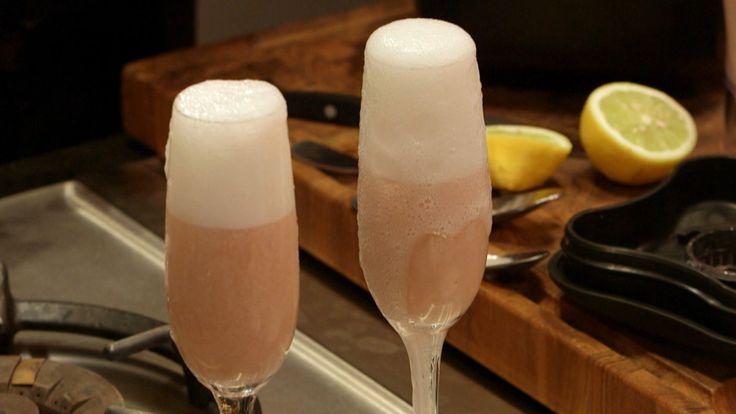 Den rosa drinken Bellini er funnet opp av bartenderen Giuseppe Cipriani. Han var den første eieren av legendariske Harry's bar i Venezia.