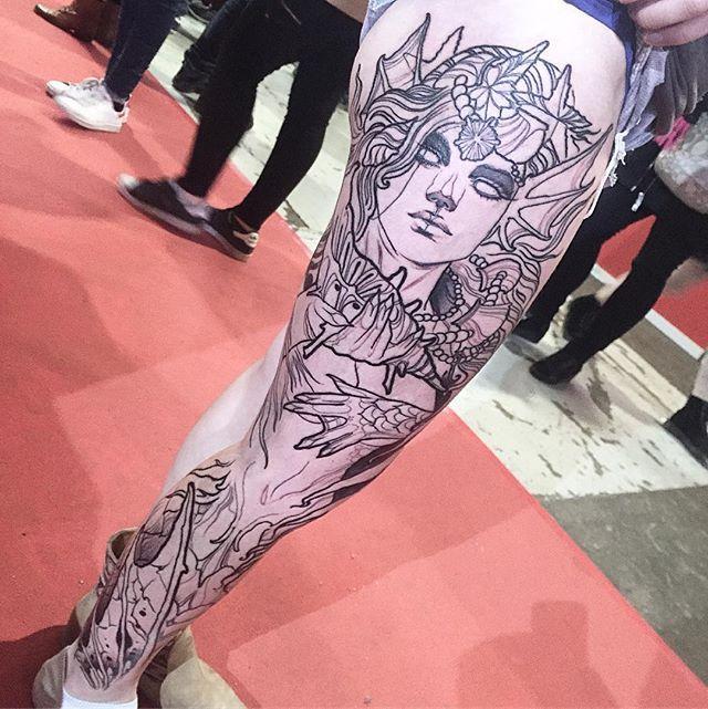 🐠Start this lil mermaid !🙅🏻 Thanks Mélanie for the trust!  I will be tattooing at 🇮🇹Milano tattoo convention 3-4-5february . 🇬🇧London tattoo convention 17-18-19 february 🇩🇪frankfurt tattoo comvention 21-23 april🇩🇪 #inkedmag #dublinink #tattoodo  #tattooistartmagazine  #TAOT  #inkig #heliostattoo