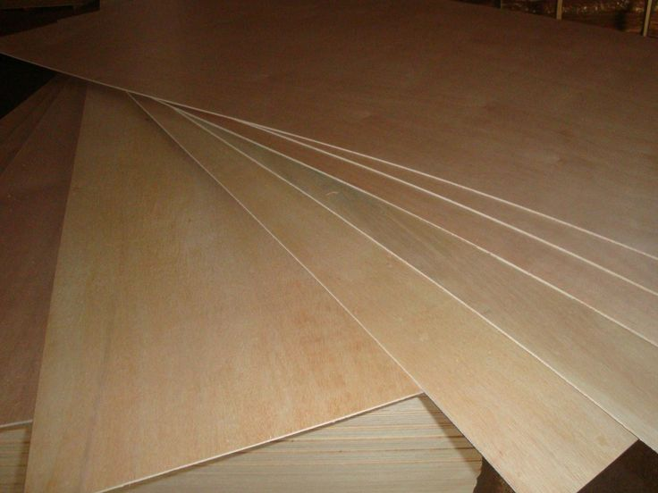 Okoume Plywood  Size: 1220 x 2440 x 15mm/18mm or as required Face/Back: Okoume/Bintangor/Oak, or as required Core: Falcata/Paulownia/Fir/Poplar/Pine etc or as required Glue: E1, E2, MR Min. Order: 1x40'container