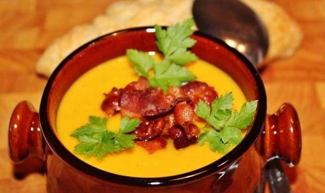 Hokkaido polévka se slaninkou | NejRecept.cz