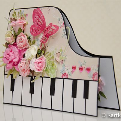 Tarjeta piano con filigrana