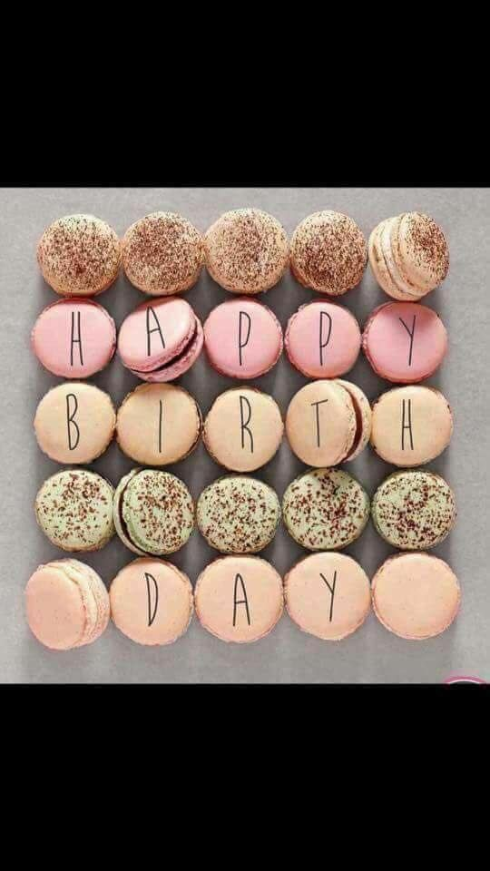 Happy BDay macaroons