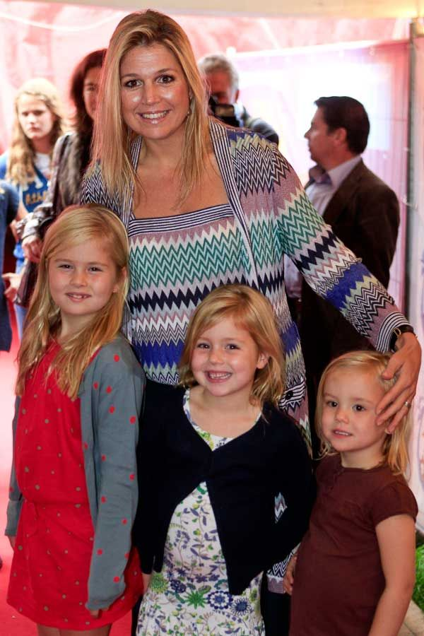 Maxima with her three girls