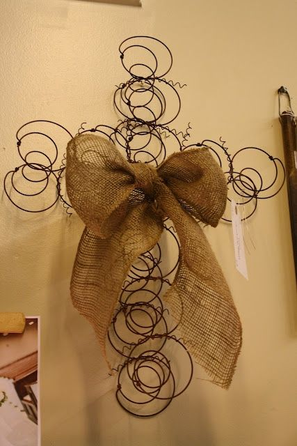 Dishfunctional Designs: Spring It On! Interesting Things Made With Old Springs. Made from my Me-Maws old mattress springs.