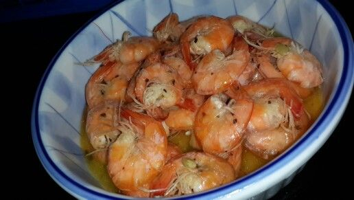 Udang goreng mentega http://dapurmasak.com/resep/udang-rempah-goreng-mentega-10856