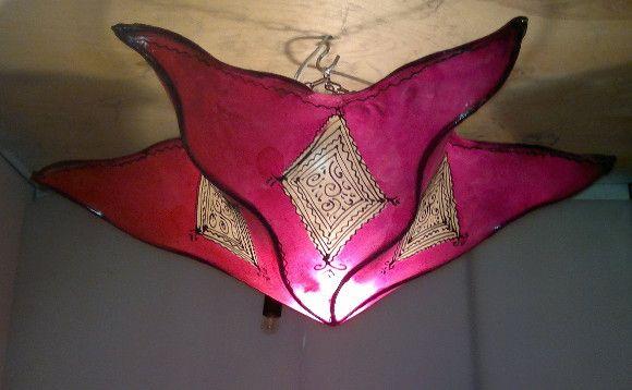 - Lámpara Plafón Marroquí de Piel Pintada con Henna y ...