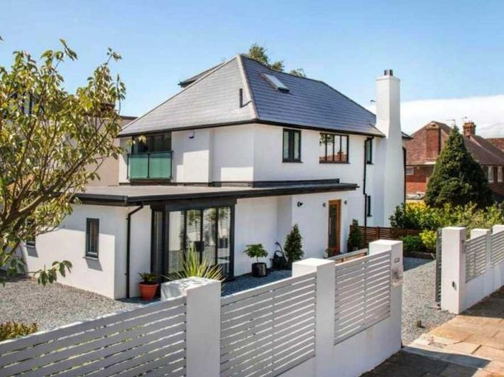 Zoella bought a house for $1.4 million - Business Insider