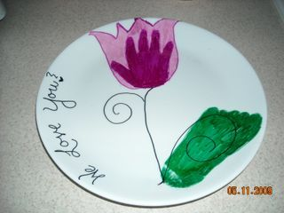 make your own decorated plate with ceramic plates from dollar store and sharpie