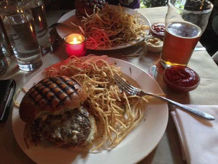 expensive but good NYC burger @Stacey Potts pig