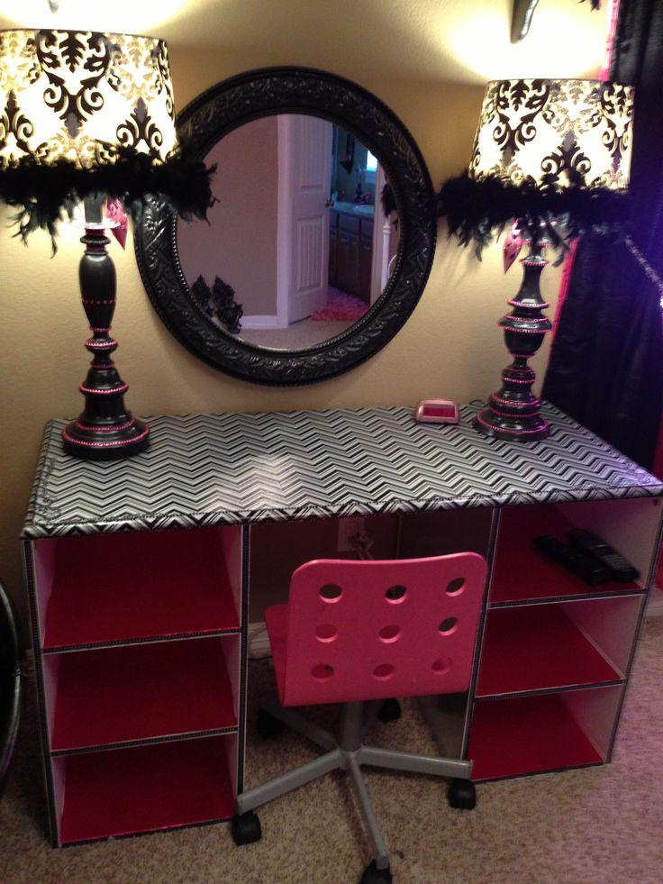 Teen room pink and black chevron desk or vanity makeover - Pink and black teenage room ...