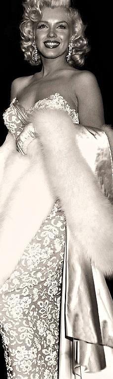 Marilyn Monroe | Very cool photo blog ~ Beautiful dress and fur