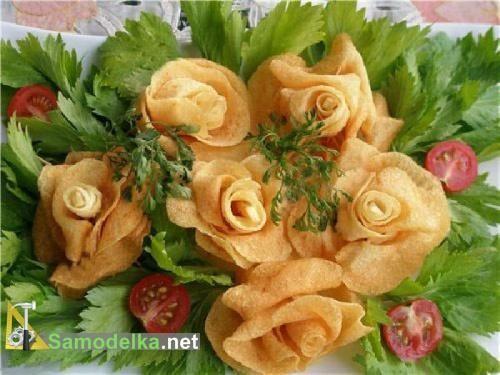 Розы из картофеля во фритюре