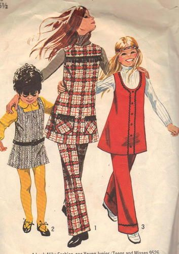 Vintage 1970s Girls Dress Sewing Pattern
