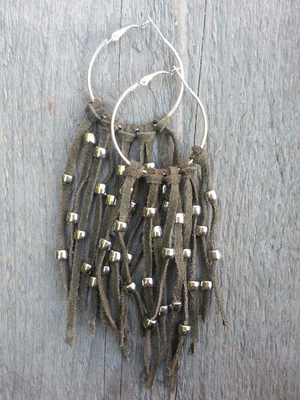 Leather fringe earrings by Misas Bags & More. Handmade. Ibiza earrings. #boho #bohemian #boholove