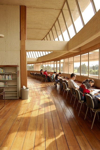 Biblioteca Virgilio Barco, Bogota - no city is complete without a signature library