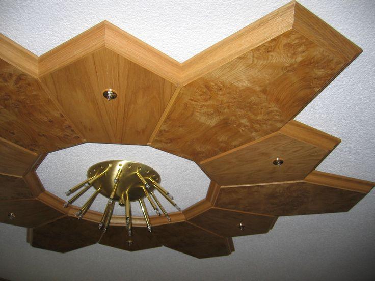 Ebenfalls ein Sternelement im Vogelauernahorn, in der Mitte ein entsprechendes Leuchtmittel.
