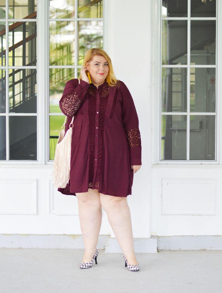addition-elle-wine-dress-lace-04