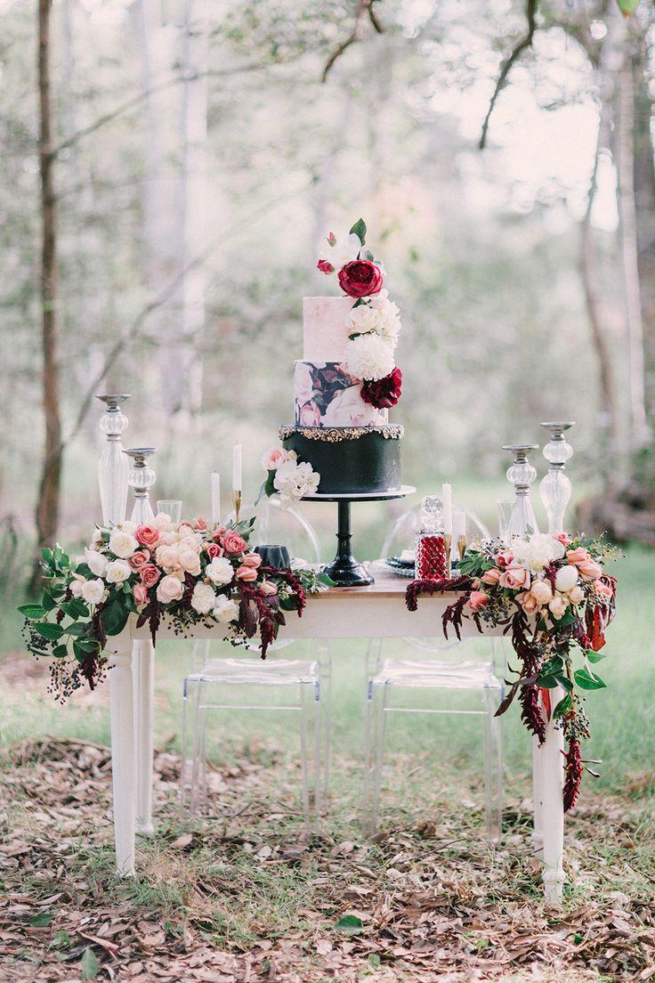 Magnificent Snow Camo Wedding Decorations Elaboration - The Wedding ...