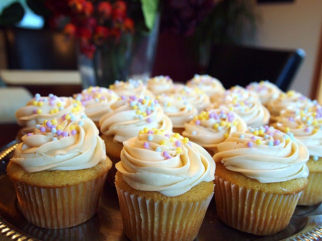 These take some work but are SO worth it! WOW!Favorite Moist, Cake Recipe, White Cupcakes, Favorite White, Yellow Cake, The Alchemist, Pound Cake, Buttercream Frosting, Moist White