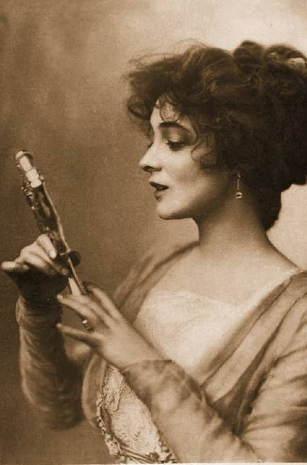 Marie Doro! A lovely actress from the earlier, silent days of cinema. Sadly, most of her films are lost, but she sure took some lovely photos