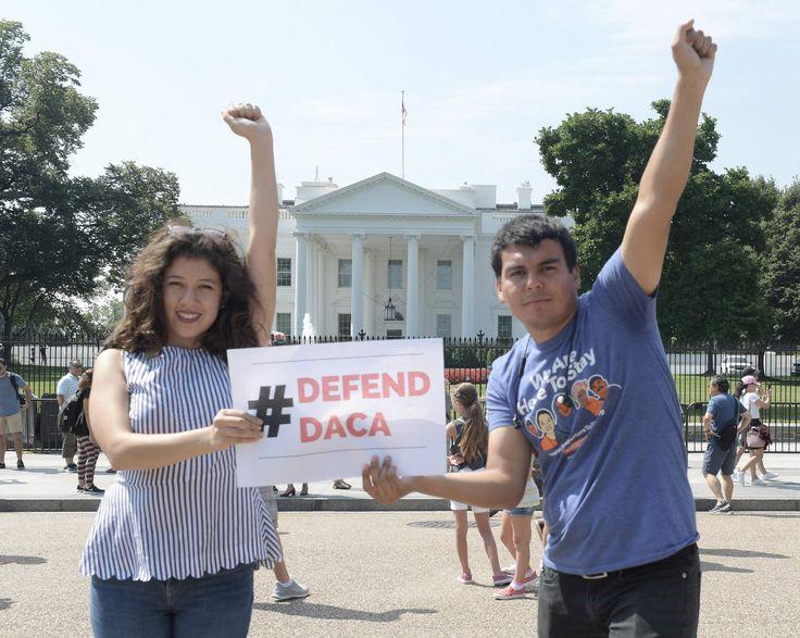 En riesgo el 'sueño' de miles de jóvenes en EU