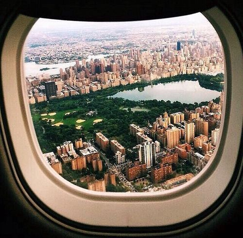 A view of New York City and Central Park from a jet /// #travel #wanderlust
