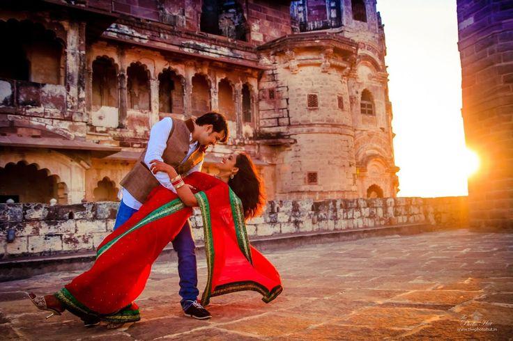Bright couple at sunset! Photo by The Photo Hut, Pune #weddingnet #wedding #india #indian #indianwedding #prewedding #photoshoot #photoset #hindu #sikh #south #photographer #photography #inspiration #planner #organisation #invitations #details #sweet #cute #gorgeous #fabulous #couple #hearts #lovestory #day #casual