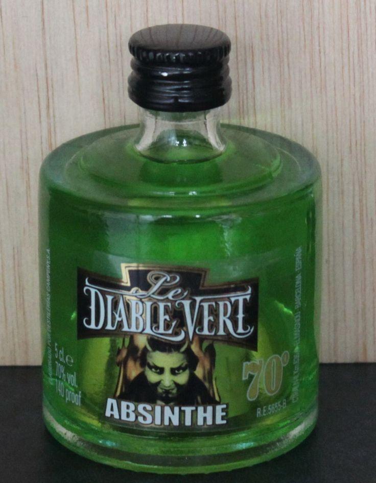Le Diable Vert. #Absentha. #Liqueurs #Alcohol #Licor #Francia