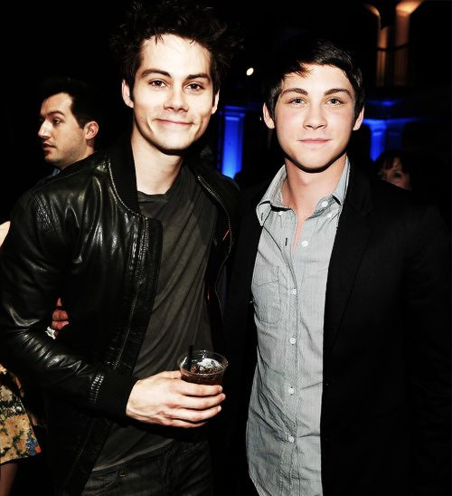 logan lerman and dylan o'brien - too much im sorry too much for one photo.... :)