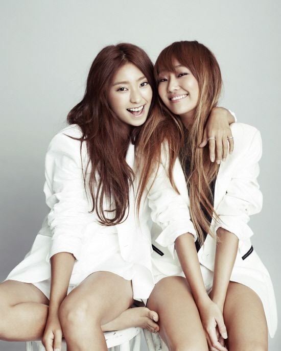 SISTAR is beautiful in white for 'Vogue Girl'