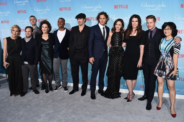 """Lauren Graham Photos Photos - (L-R) """"Gilmore Girls: A Year In The Life"""" Cast - Liza Well, Danny Strong, Sean Gunn, Kelly Bishop, Yanic Truesdale, Scott Patterson, Tanc Sade, Alexis Bledel, Lauren Graham, Matt Czuchry and Keiko Agena attend the premiere of Netflix's """"Gilmore Girls: A Year In The Life"""" at the Regency Bruin Theatre on November 18, 2016 in Los Angeles, California. - Premiere of Netflix's 'Gilmore Girls: A Year in rhe Life' - Arrivals"""