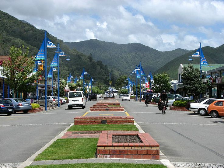 High Street Picton New Zealand