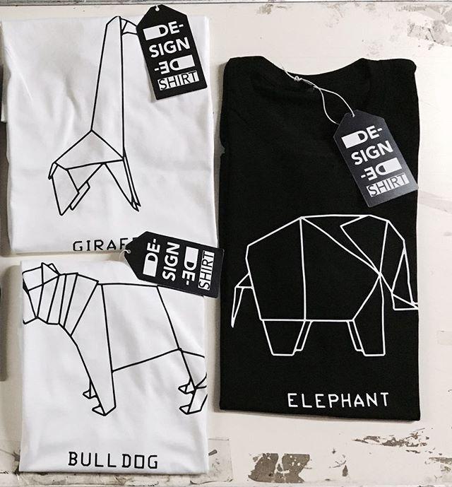 #mensfashion #dogorigami #dshirt #animalorigami #origami #cane #dog  #etsyshop #icani #bau #etsy#urbanfashion #urbanwear #mensfashion #menswear#fashionblogger #outfitoftheday #urbanlife #trendy#menstyle #streetsyle #fashionstyle #designedshirt #de_sign_ed_shirt #elefante #giraffe #bulldog #elephant