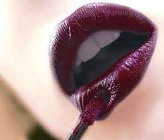 poemeister:  luciferandstrangerock:  Aveda's black currant can be found on ebay  Ooh! That is nice. I do believe there are shops near me that sell this brand.
