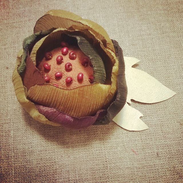 Брошь #handmadebrooch #bijouterie #handmade #brooch #accessories