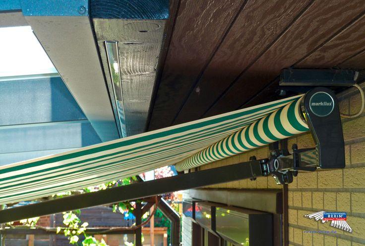 Ein Alu-Terrassendach der Marke REXOpremium mit Stegplatten REXOclear transparent, 6m x 2,5m in anthrazit. Die Montage wurde oberhalb einer bestehenden Markise vorgenommen. Dieser sieht man auf diesem Foto. Die Pfosten wurden individuell eingerückt. Ort:Wathlingen. Alu-Terrassendächer REXOpremium mit Stegplatten erhalten Sie hier: https://www.rexin-shop.de/alu-terrassenueberdachungen/rexopremium-mit-stegplatten/  #Terrassendach #Aluterrassendach #REXOpremium #Stegplatten #Rexin