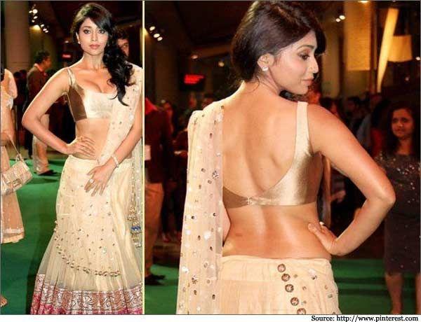 Shreya Saran in this bronze backless #blouse. #lehenga