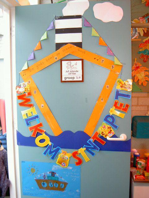 Sinterklaas en zwarte piet. Leuk om als versiering van de klasdeur te doen in het thema Sinterklaas