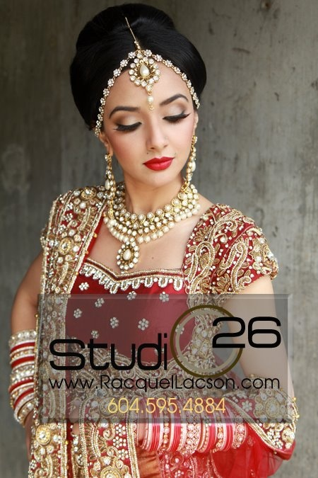 Indian bridal makeup - golden eyeshadow