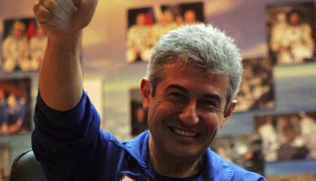 O voo do primeiro astronauta brasileiro ao espaço: Marcos Pontes viajou até a Estação Espacial Internacional no foguete Soyuz TMA-8     — Levei a bandeira do Brasil para o espaço. A mensagem que quero deixar para os jovens brasileiros é de que, com persistência, se chega onde quer — disse Pontes logo depois de desembarcar.