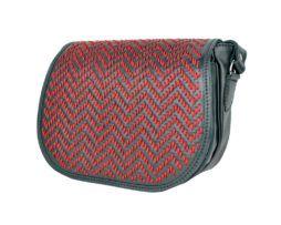 Lovecká kabelka ručne vyšívaná z pravej kože - červené vyšívanie (4)