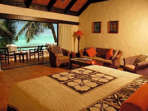 "Pacific Resort Rarotonga -Winner of WTA's (World Travel Awards) ""Australasia's Leading Boutique Resort 2014"", Pacific Resort Rarotonga is an exclusive full service resort located right on the beachfront of Muri lagoon."