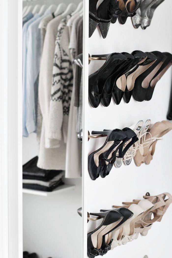 Shoe rack walk-in-closet//