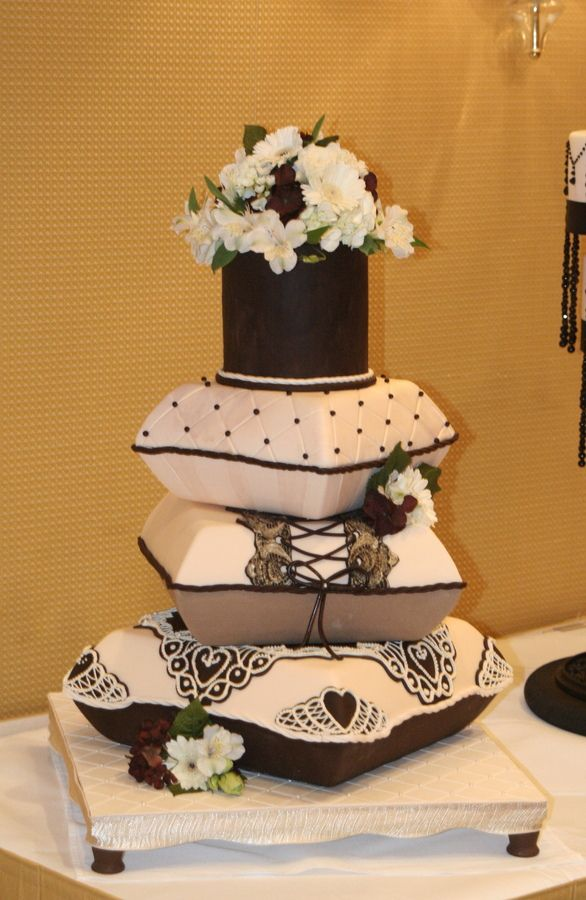 Made for a photo shoot for Weddings Magazine!  Pillow Cakes are bunches of fun!