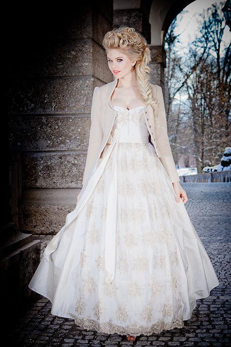 silk & pearls / Trachtenmode & Designerdirndl Wunderschönes Dirndl Hochzeitskleid