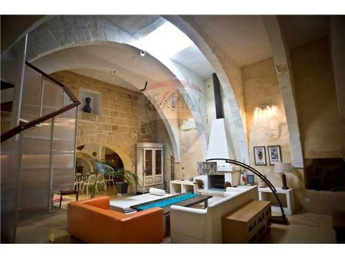 House Of Character For Sale In Qormi