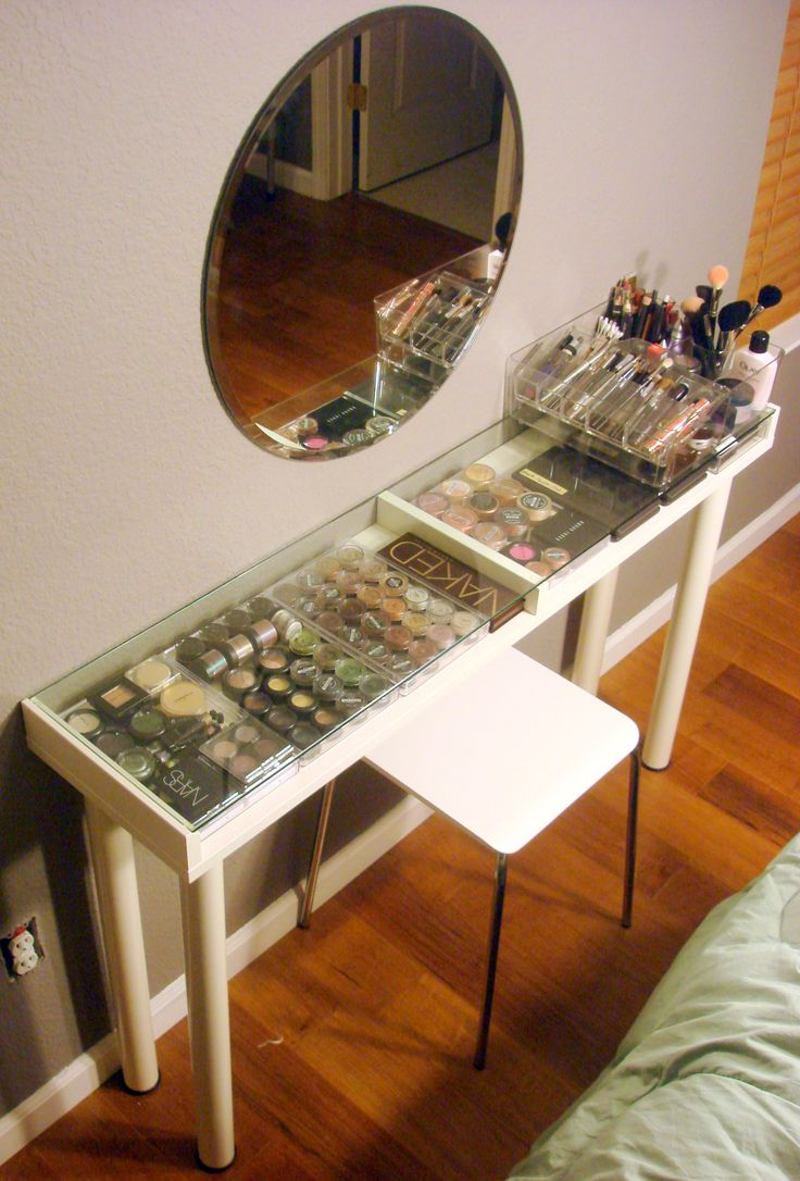 DIY IKEA MAKEUP VANITY. ALL THE PRODUCTS AND MAKEUP ORGANIZERS THAT SHE USED ARE LISTED IN HER DESCRIPTION.