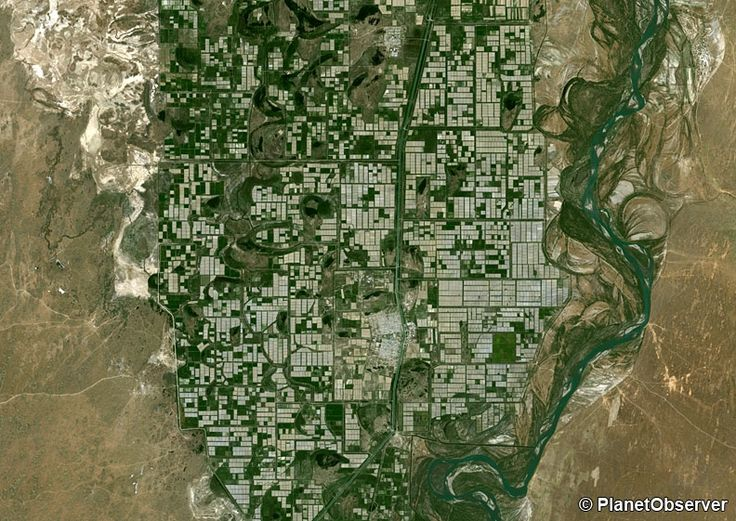 Agriculture along Syr Darya River, Kazakhstan – PlanetSAT 15 L8 satellite image